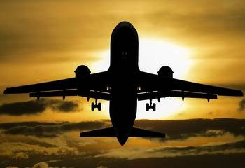 Jet lag – co to jest, przyczyny, objawy i jak sobie radzić