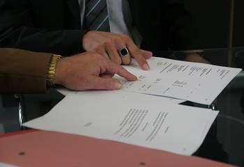 Wypowiedzenie umowy najmu – wzór z omówieniem