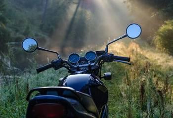 Motocykle z zagranicy 2021 – koszt rejestracji, dokumenty, formalności