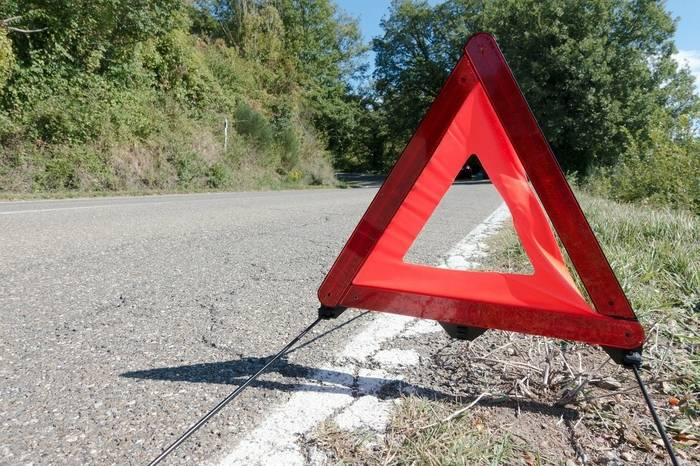 Obowiązkowe wyposażenie samochodu – Polska i inne kraje Europy