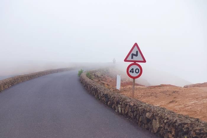 Ograniczenia prędkości w Polsce – poznaj limity prędkości