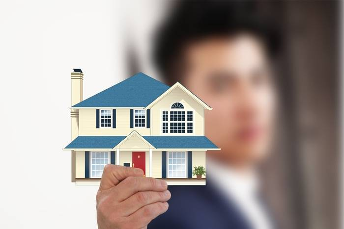 Elementy stałe w mieszkaniu – jak ubezpieczyć?